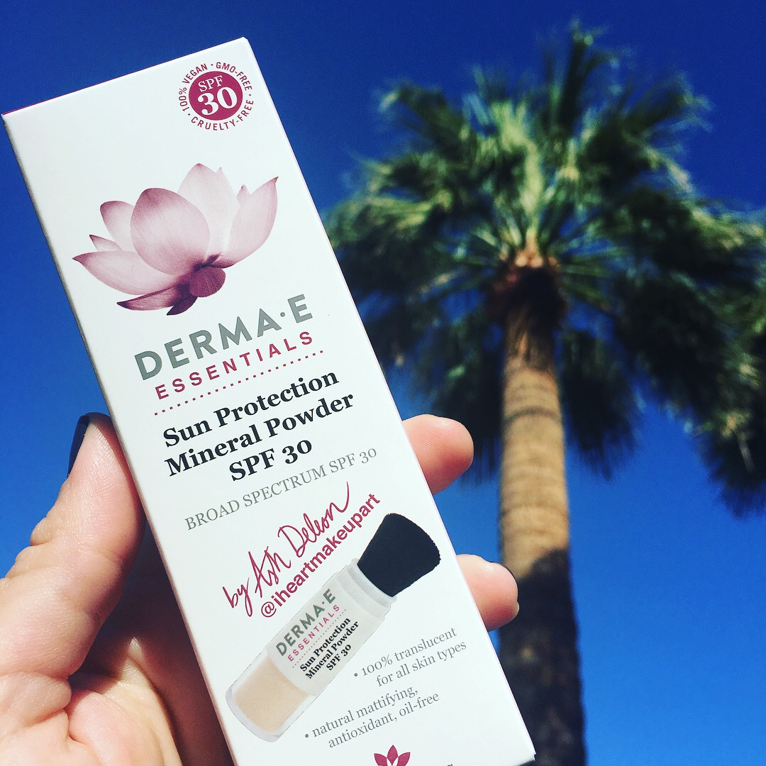 DermaE Sun Protection Mineral Powder SPF 30
