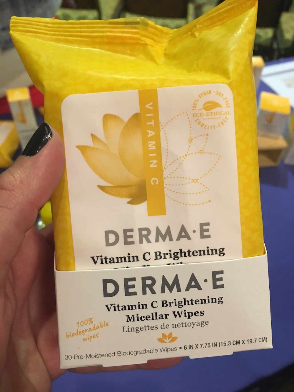 DermaE Vitamin C Brightening Micellar Wipes